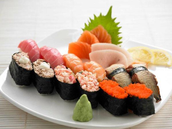 Menikmati Makan Siang, 7 Restoran yang Direkomendasikan di Osaka