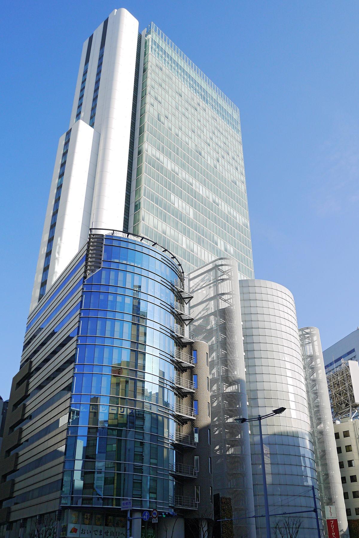 BREEZÉ_TOWER_Osaka_Japan01-r
