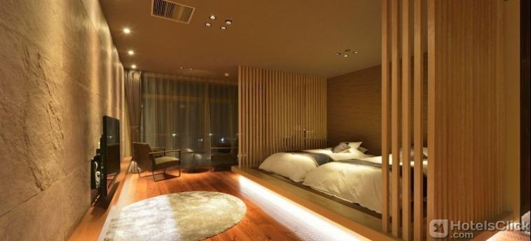 kyoto-uji-hanayashiki-ukifune-en-bedroom-1