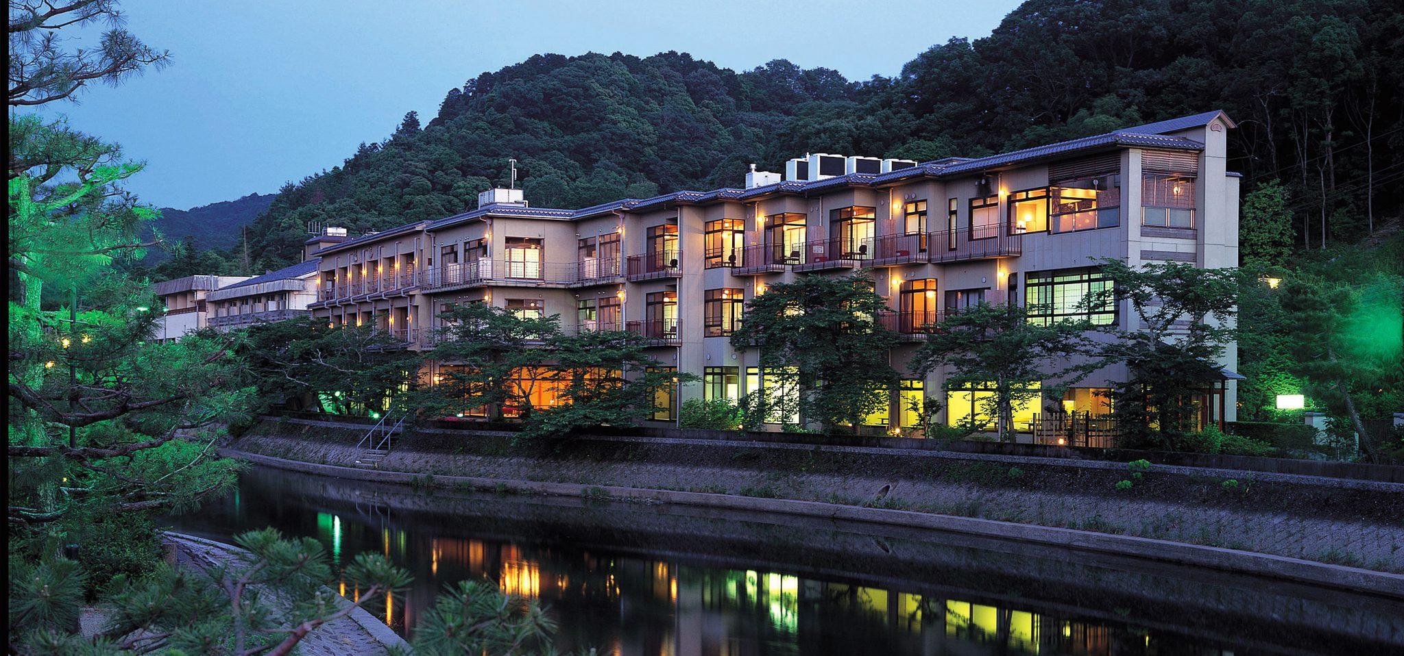 10 Hotel Pilihan Yang Memiliki Kisah Tentang Genji di Uji, Kyoto
