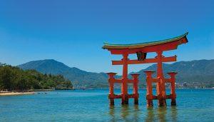 Berlibur ke Miyajima, Hiroshima Jepang ? Kalian bisa lakukan 8 hal menarik ini!
