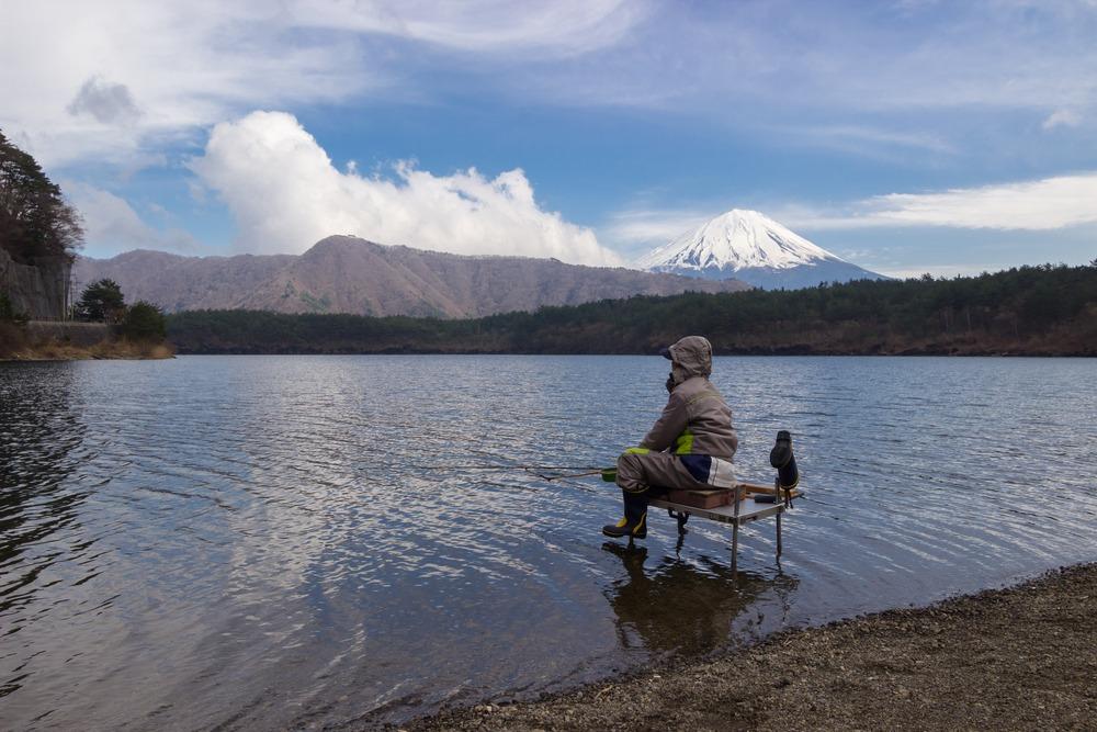 mancing mania di kawaguchiko lake jepang