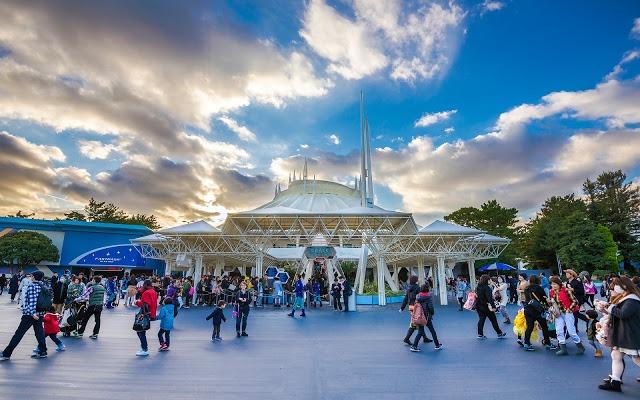 Tomorrowland Disneyland Tokyo