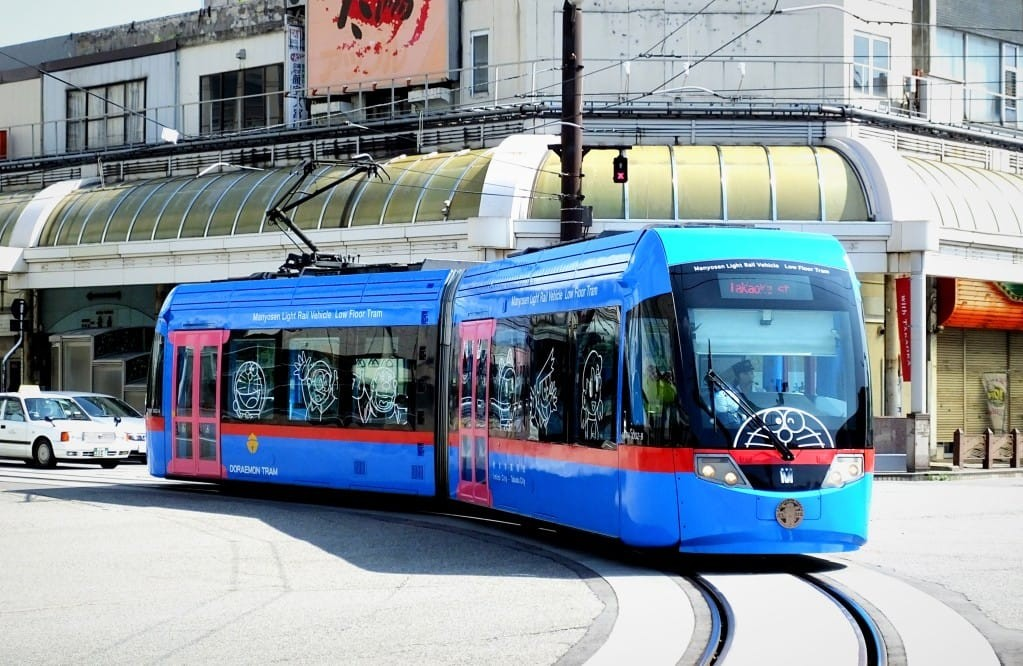 Takaoka District Doraemon Tram di Toyama Jepang